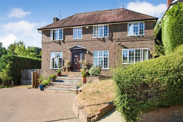 Thumbnail Detached house for sale in Acorn Close, East Grinstead, West Sussex