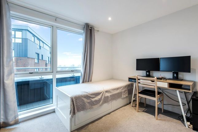 Bedroom of Staines-Upon-Thames, Surrey TW18