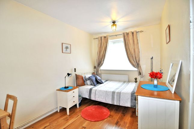 St. Anns Road, Agnes House, Henry Dickens Court, Notting Hill, London W11