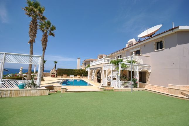 Thumbnail Villa for sale in Kolpos Koralion, Coral Bay, Paphos, Cyprus