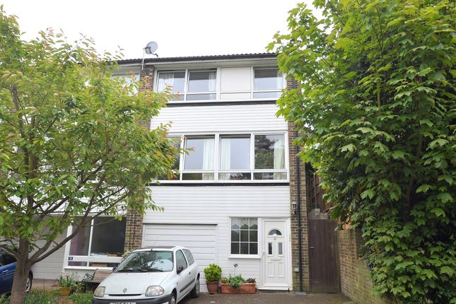 Thumbnail Town house for sale in Wakefield Gardens, Upper Norwood