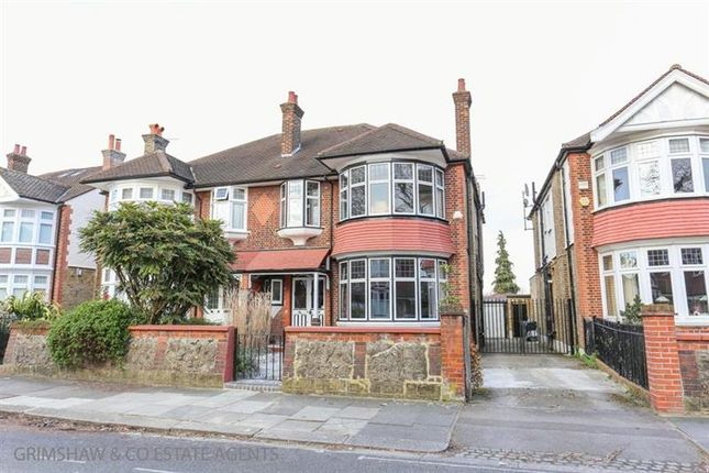 Thumbnail Property for sale in Carbery Avenue, Gunnersbury, London
