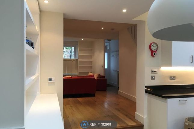 Thumbnail Terraced house to rent in First Avenue, London