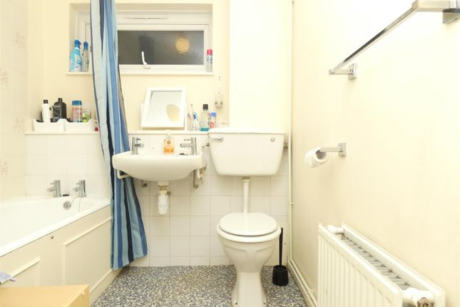 Thumbnail Property to rent in Old Dover Road, Canterbury