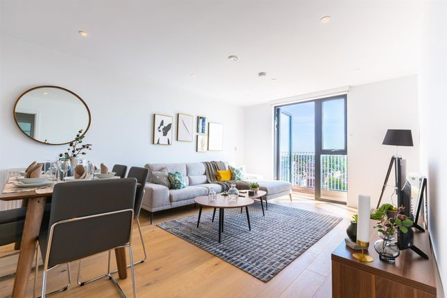 Thumbnail Flat for sale in Station Approach, Hoe Street, London
