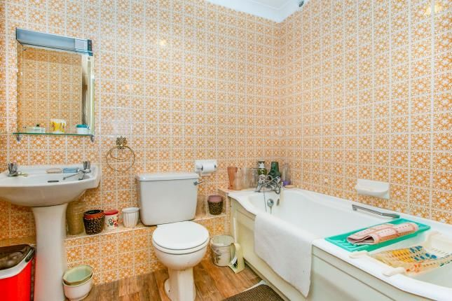 Bathroom of 54 West Cliff Road, Bournemouth, Dorset BH4
