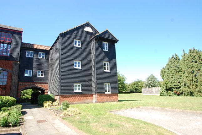 Thumbnail Maisonette for sale in Coggeshall Road, Kelvedon, Colchester