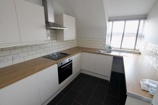 2 bed flat to rent in Crosby Road North, Waterloo, Liverpool L22
