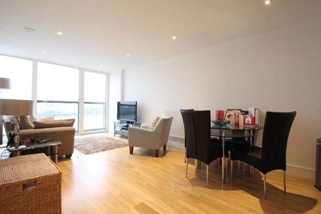 2 bed flat for sale in Dowells Street, London