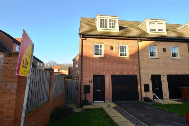 Thumbnail Town house to rent in Madison Close, Ackworth, Pontefract