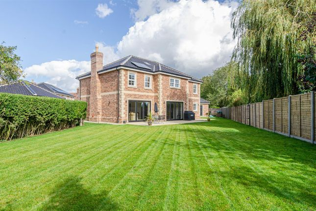 4 bed detached house for sale in Chestnut Drive, Attleborough NR17