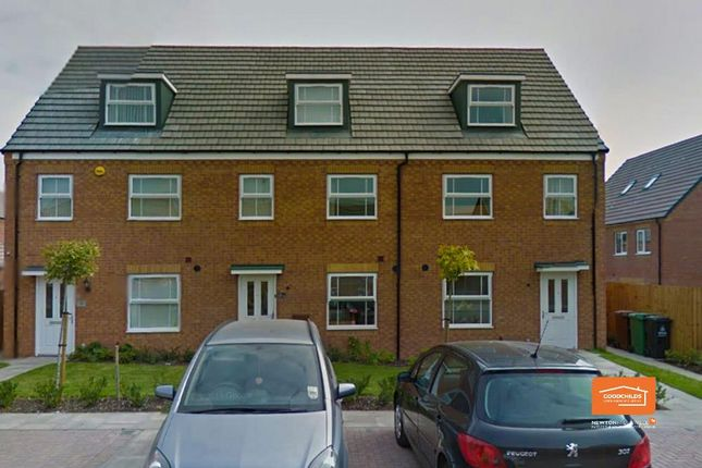 Thumbnail Semi-detached house to rent in Yorkshire Grove, Walsall