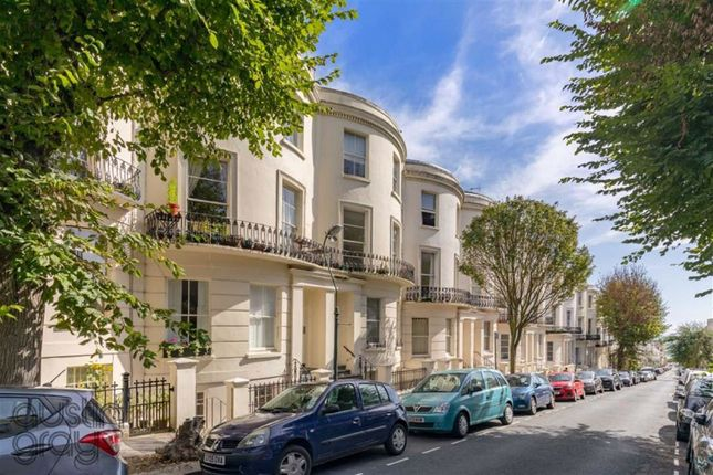 2 bed flat for sale in Brunswick Road, Hove, East Sussex BN3