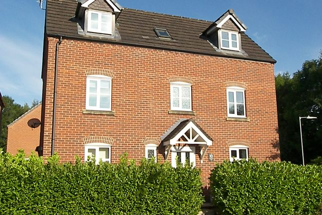Thumbnail Detached house for sale in Whitington Close, Little Lever