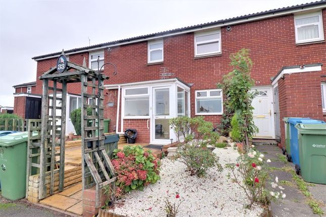 2 bed flat for sale in Bell Close, Coton Fields, Stafford ST16