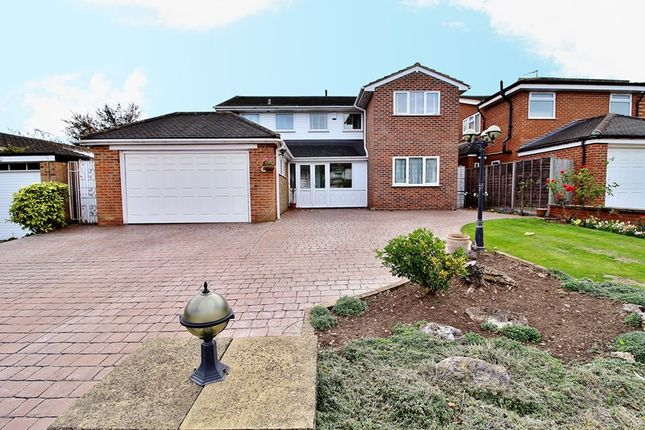 Thumbnail Detached house for sale in Ridings Avenue, London