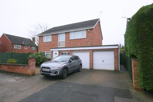 Thumbnail Detached house for sale in Swinton Close, Worcester