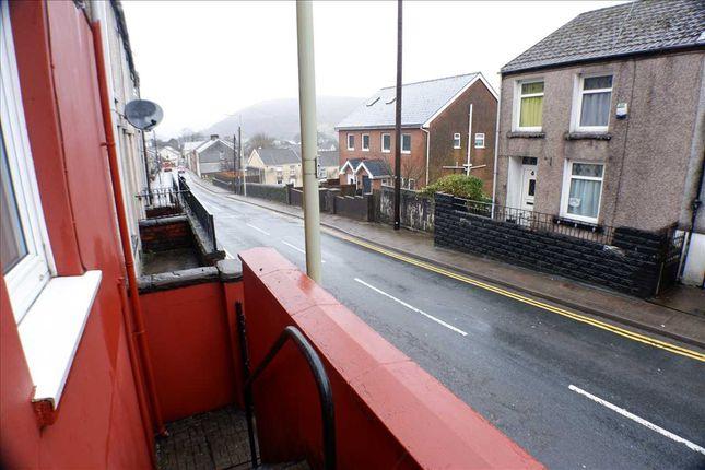 Exterior (Front) of Penygraig Road, Penygraig, Tonypandy CF40