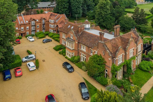 Thumbnail Flat for sale in Trevelyan Place, St. Stephens Hill, St.Albans