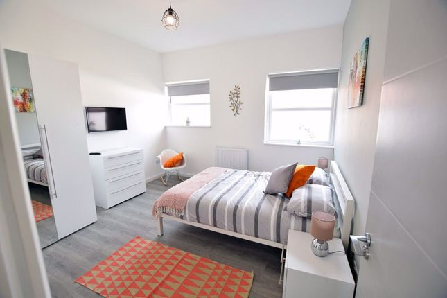 Thumbnail Room to rent in Oxford House, St James Street, Daventry