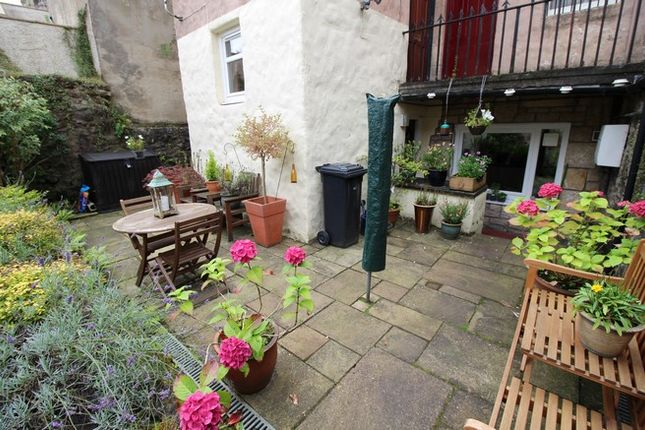Thumbnail Flat for sale in 58 High Street, Linlithgow