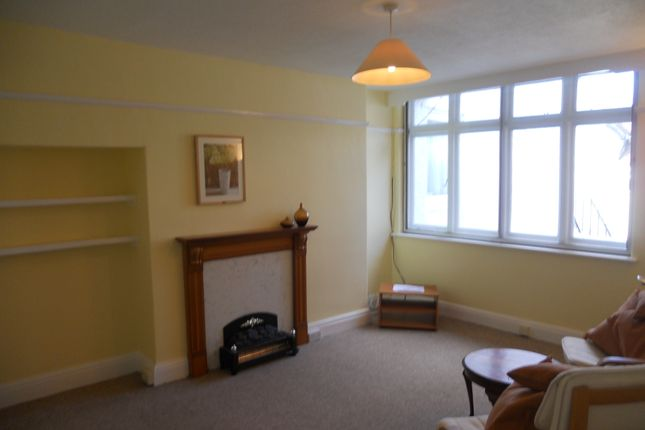 2 bed flat to rent in Southmead Road, Westbury On Trym
