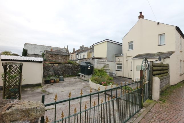 Scorrier Street, St. Day, Redruth TR16