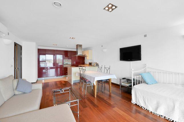 Thumbnail Flat for sale in Altura Tower, Bridges Wharf