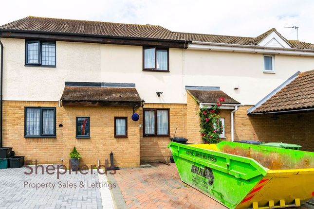 Thumbnail Terraced house for sale in Jacksons Drive, West Cheshunt, Hertfordshire