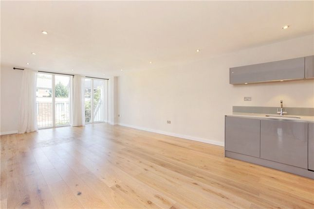 Thumbnail Flat to rent in Hansford Building, 11A Bedford Road, Clapham North, London