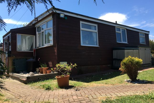 Mobile/park home for sale in Marine Parade, Sheerness