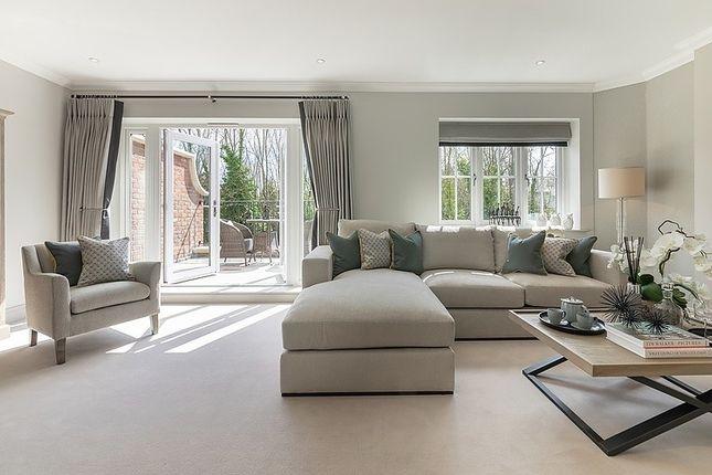 Living Room of Pangbourne Hill, Pangbourne RG8