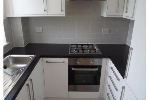Thumbnail Flat to rent in Homefield Place, Croydon