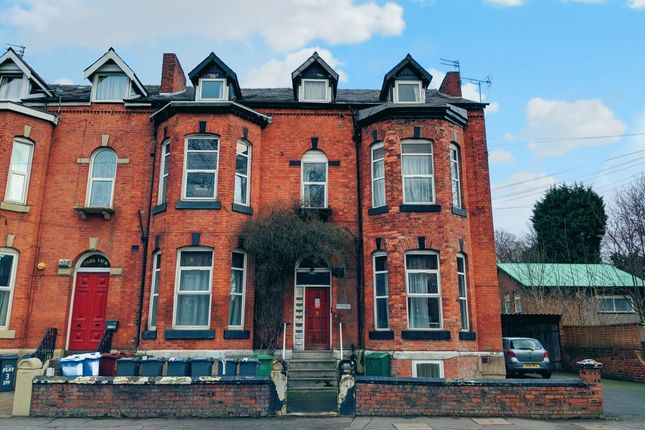 Thumbnail Flat to rent in Upper Brook Street, Manchester