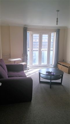 Thumbnail Flat to rent in Handleys Court, Selden Hill, Hemel Hempstead, Hertfordshire