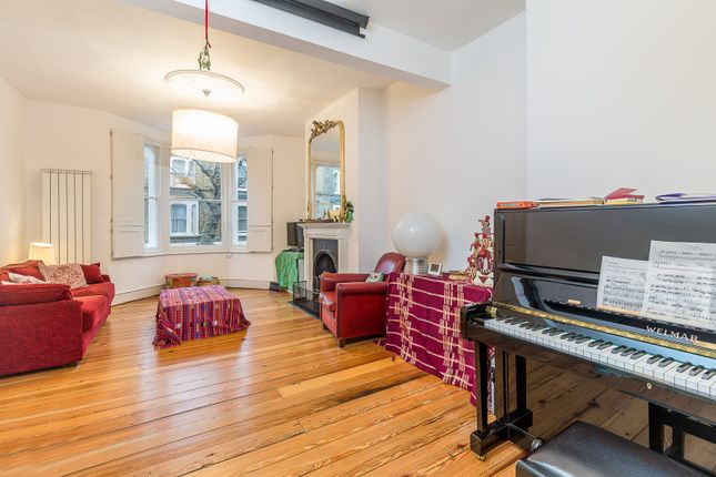Thumbnail Property to rent in Sharsted Street, Kennington