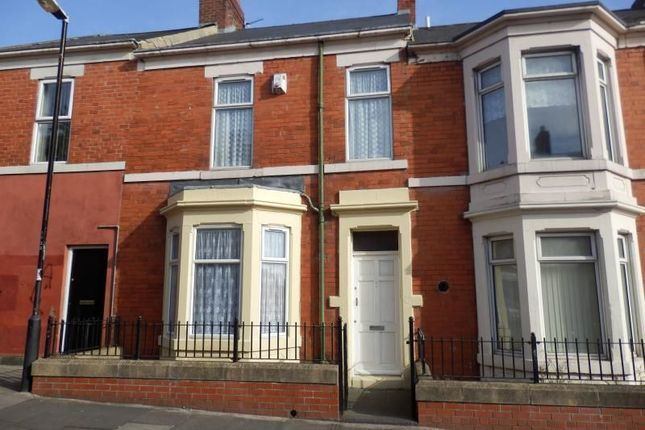 3 bed property to rent in Farndale Road, Benwell, Newcastle Upon Tyne