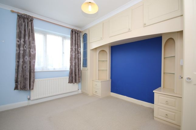Bedroom 2 of Andreas Close, Birkdale, Southport PR8