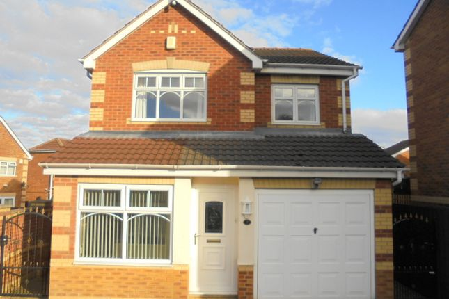 Thumbnail Detached house to rent in Lister Walk, Morley, Leeds