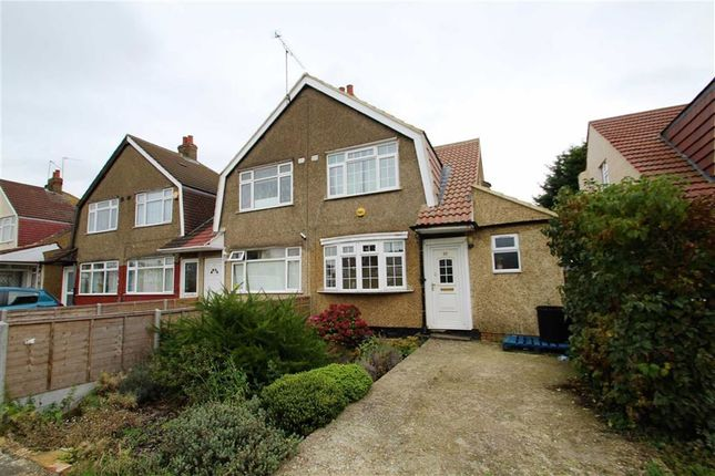 3 bed semi-detached house to rent in Bedwell Gardens, Hayes, Middlesex