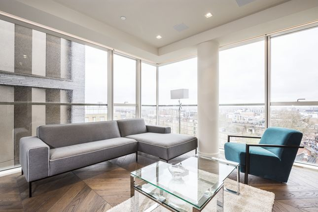 Thumbnail Flat to rent in Earl's Way, London