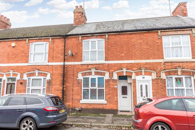 3 bed terraced house to rent in Kings Place, Rushden NN10