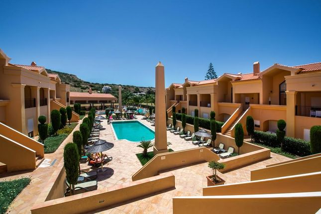 2 bed apartment for sale in Praia Da Luz, Luz, Algarve