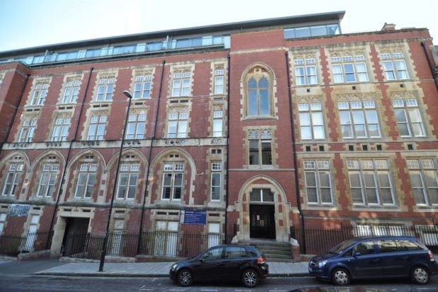 Thumbnail Flat to rent in Unity Street, Bristol
