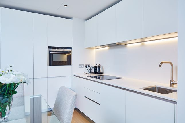 Thumbnail Flat to rent in Southbank, 55 Upper Ground, London Waterloo