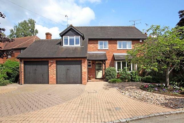 Thumbnail Detached house to rent in Coldharbour Close, Henley-On-Thames