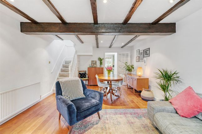 Thumbnail Cottage for sale in Hoppers Road, Winchmore Hill
