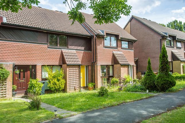 Thumbnail Terraced house to rent in Hillside Close, Banstead