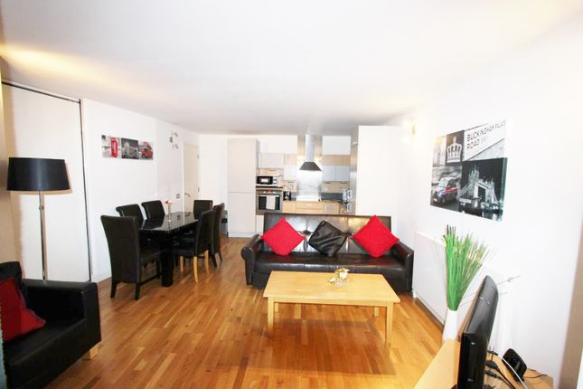 3 bed flat for sale in Tachbrook Street, London