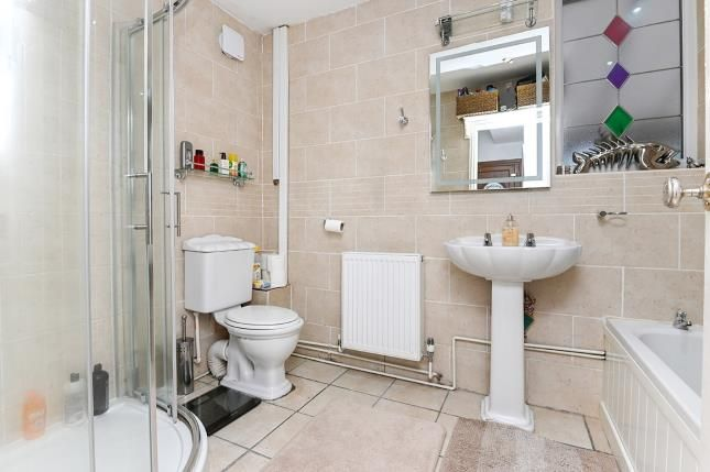 Bathroom of Osmaston Park Road, Allenton, Derby, Derbyshire DE24